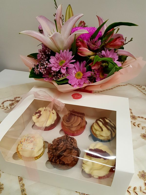 Cupcakes and Blooms. Away with Flowers Logo. Mundingburra Florist